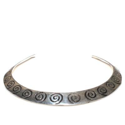 """Collier ras de cou en métal argenté """"Spirales"""" (colmet004)"""