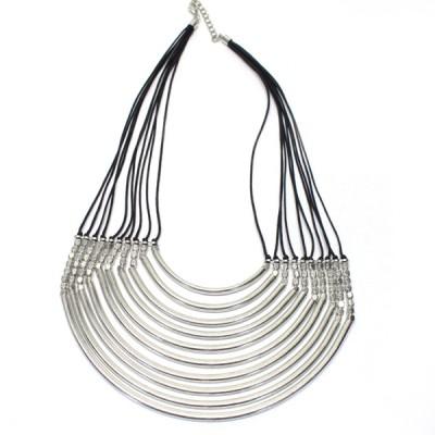 Collier ras de cou en métal argenté (colmet06/2)