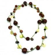 Sautoir Vert en perles de bois et graines (gcolper09)