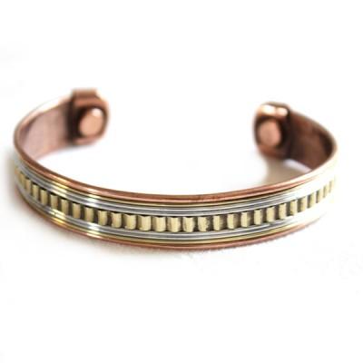 Bracelet Cuivre et Aimants (brincui05)